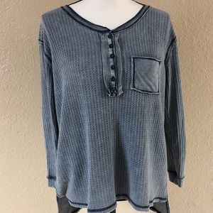 5 for $10 She & Sky long sleeve thermal